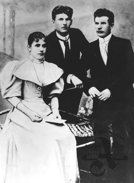 Siblings Anna, Tomas and Antonín Bata, circa 1900