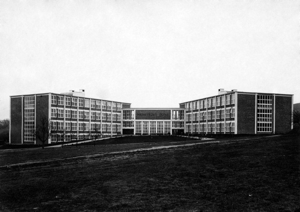 Masarykova pokusná měšťanská škola