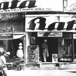 Jedna z Baťových asijských prodejen, 1937